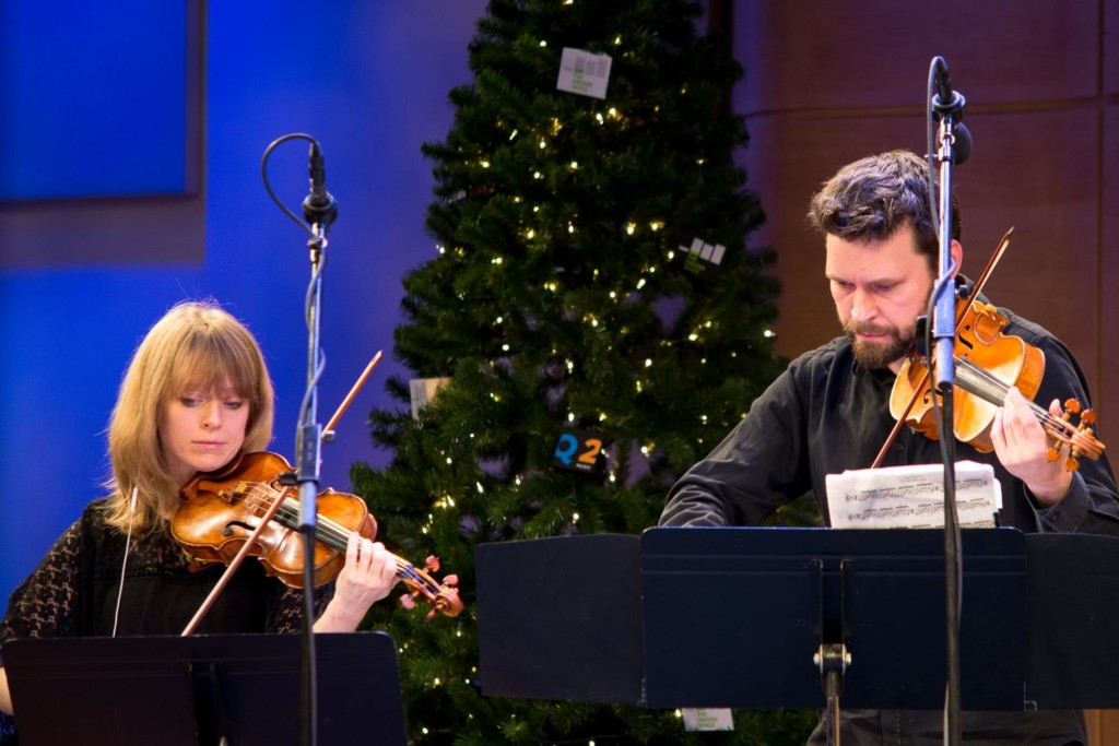 Violinists Amy Kauffman and Cornelius Dufallo at Q2 Music's 2014 Best of New Music concert in The Greene Space