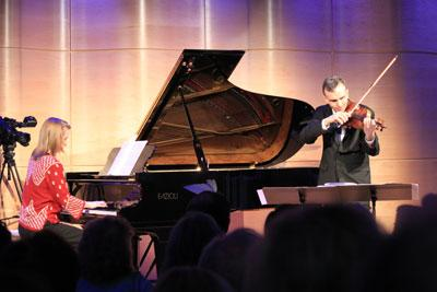 WQXR Presents: Gil and Orli Shaham perform John Williams' 'Remembrances' in The Greene Space
