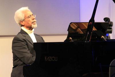 EMANCIPATION 150: Pianist Roy Eaton Performs Chopin's 'Fantasie Impromptu'