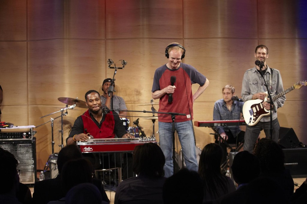 Soundcheck's John Schaefer with Robert Randolph in the Greene Space.